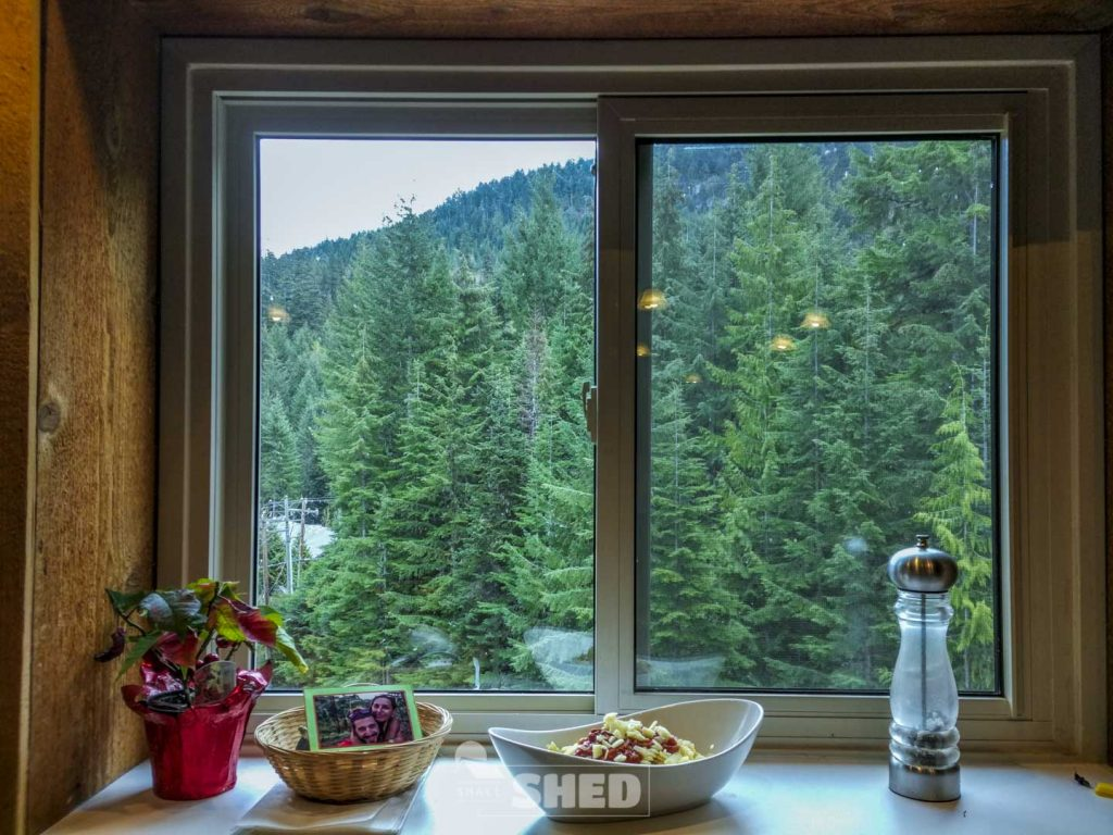 wood - whistler - canada - hostel